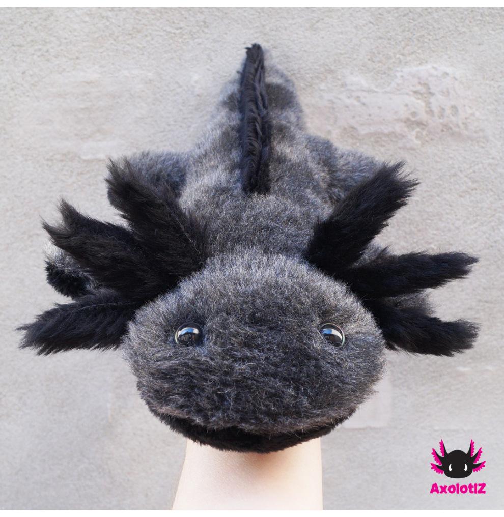 Axolotl Stofftier grau-schwarz